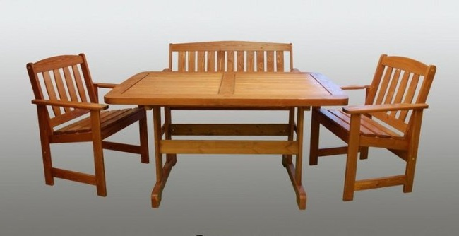 Набор для столовой на основе массива