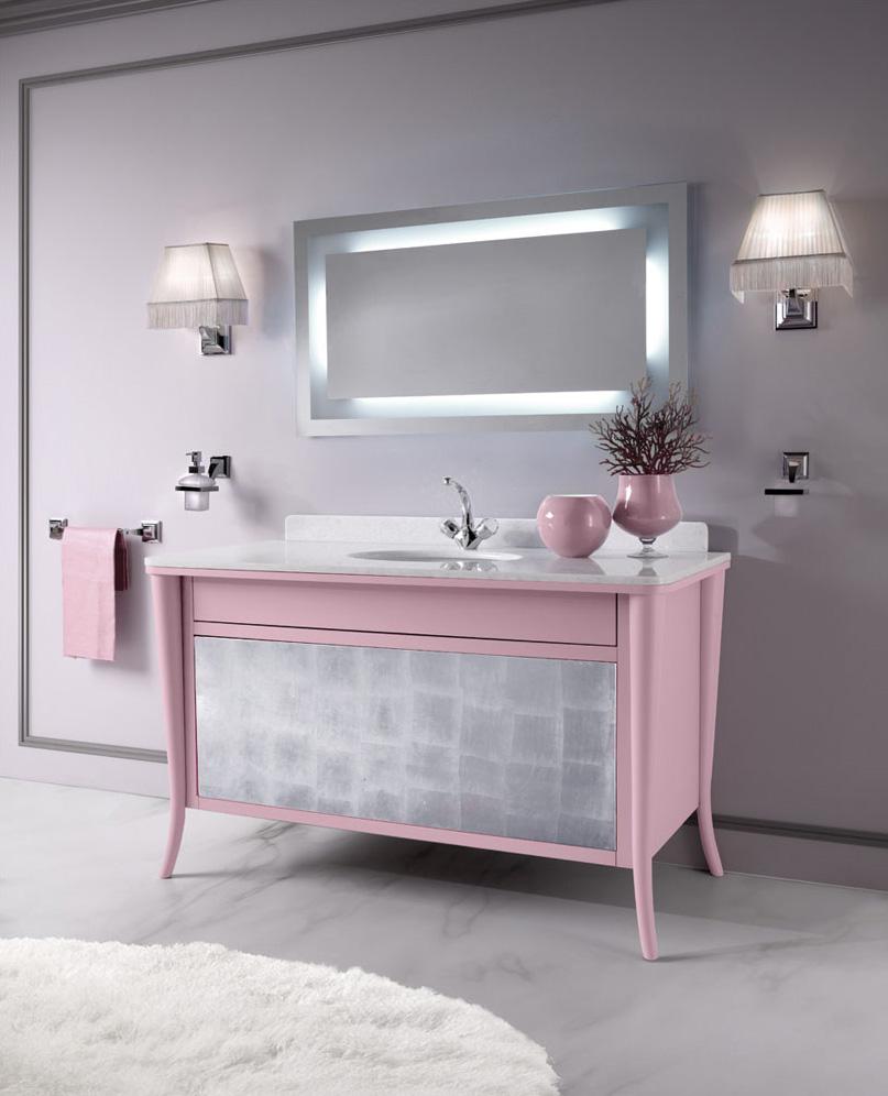 Необычный комод розового цвета