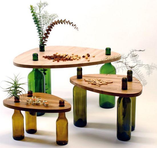 Оригинальная мебель с ножками из бутылок