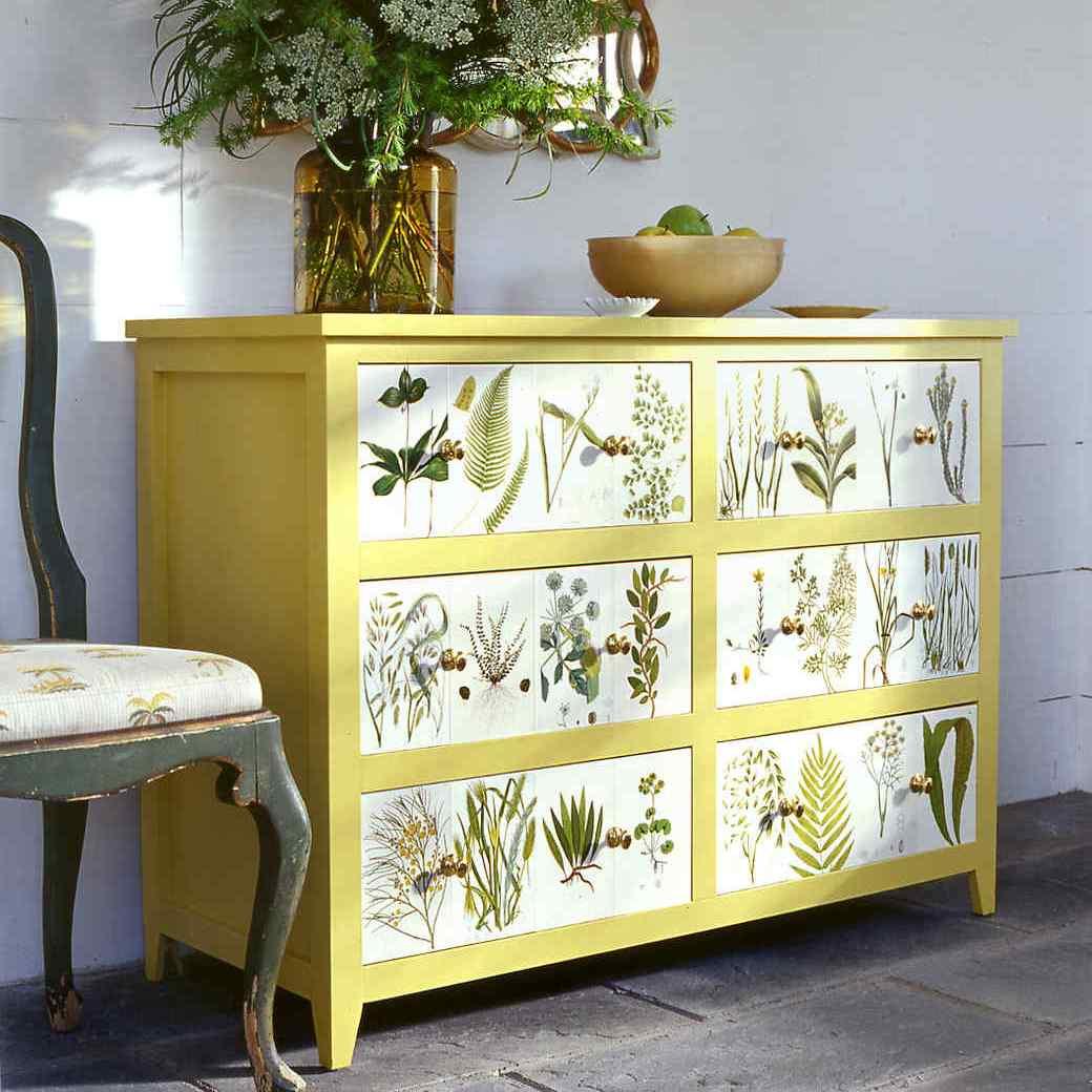Оригинальное декорирование покрытий современного мебели