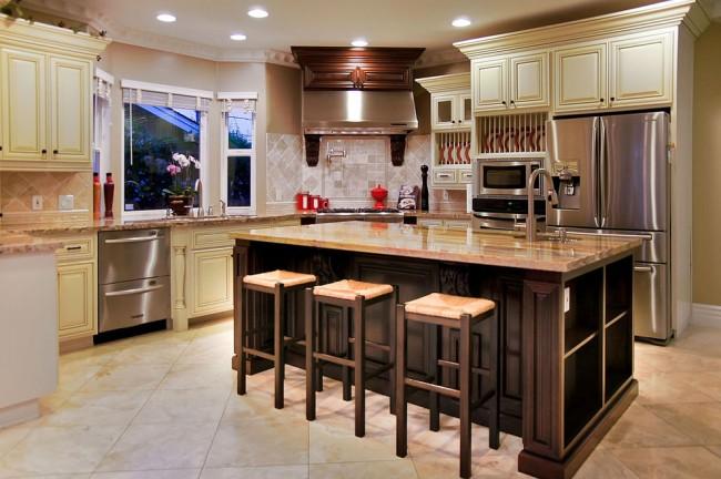 Осровок в интерьере кухни