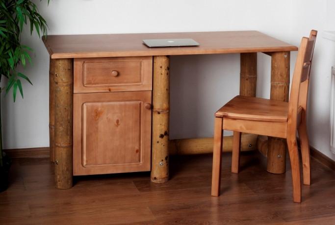 Письменный стол из бамбука