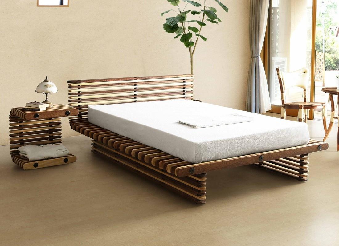 Практичная кровать для спальни