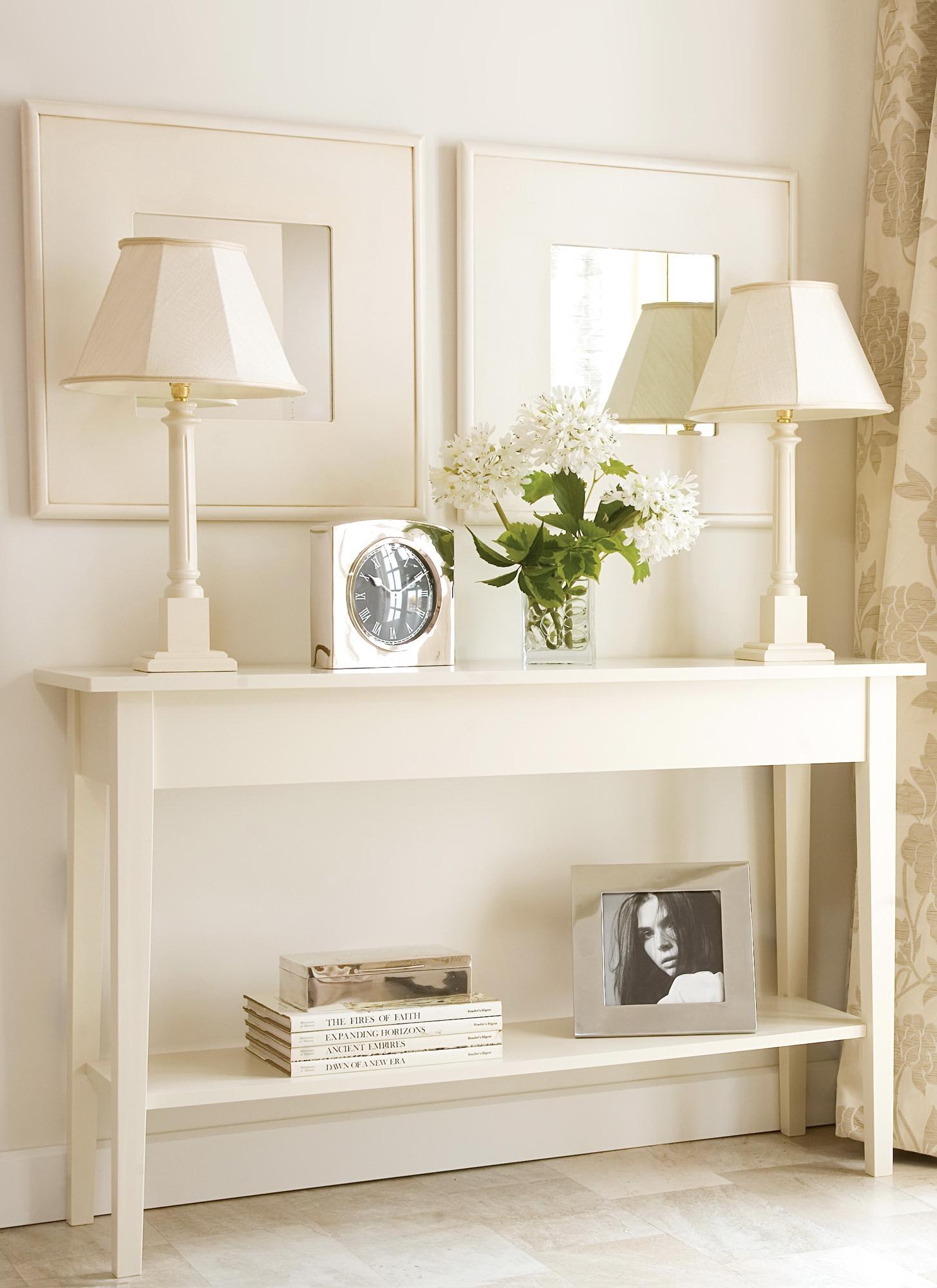 Приятные светлые оттенки современного мебели