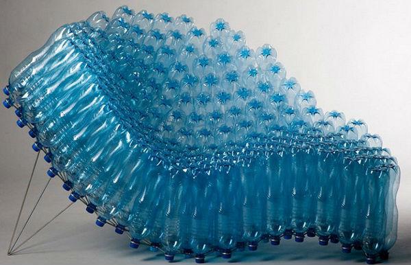 Шезлонг синего цвета