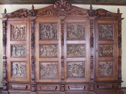 Шкаф «Библейские сюжеты»