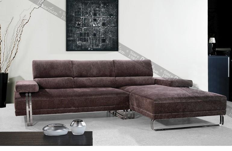 Современный диван для гостиной