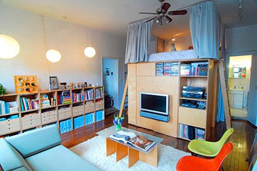 Спальное место над стеллажами