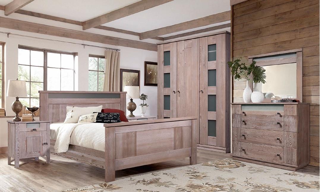 Спальня из дерева