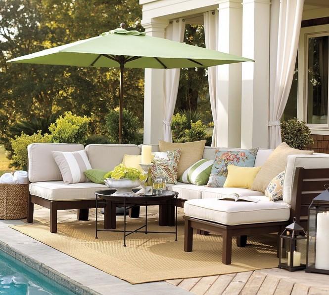 Стильные элементы мебели для веранды или террасы