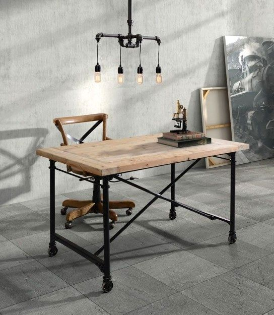 Стол для офиса из дерева и труб