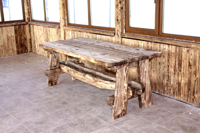 Столик для дома