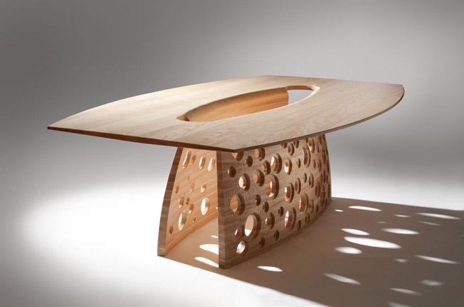 Столик на основе фанеры
