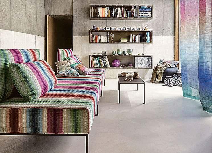 Цветной декор комнаты