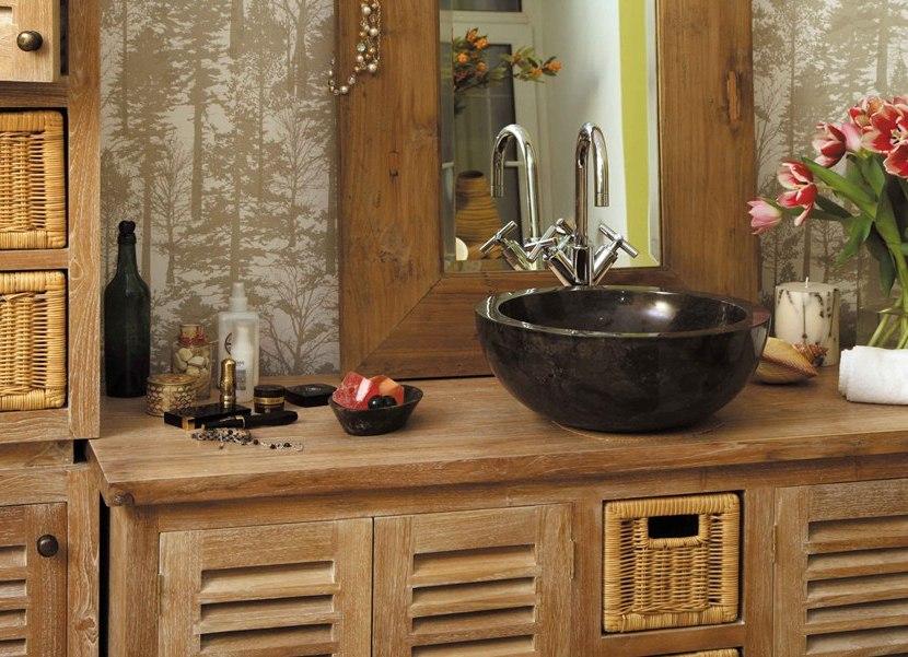 Тиковая мебель для оформления ванной комнаты