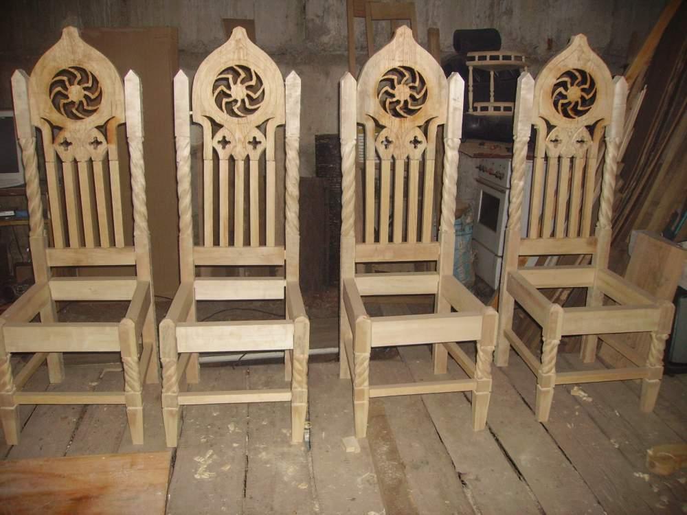 Удобные стулья для обеденной зоны