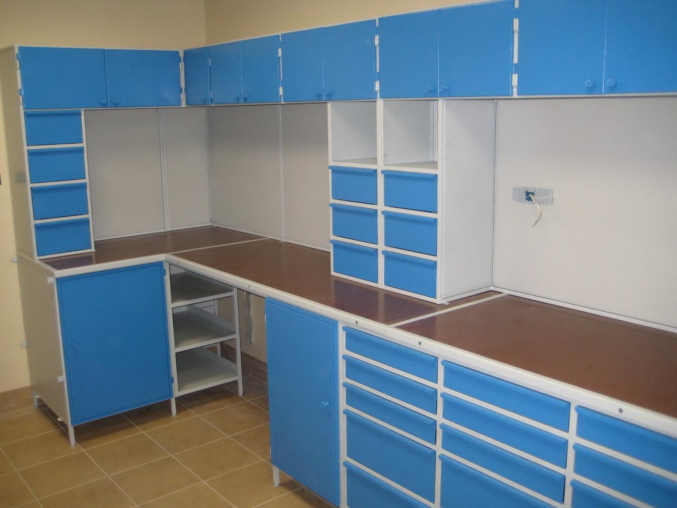 Угловая мебель синего цвета