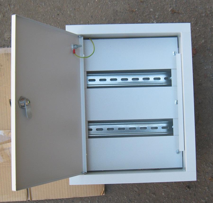 Встраиваемый шкаф из металла