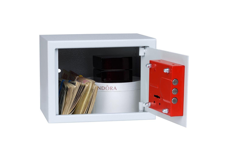 Железный сейф для установки в шкафу