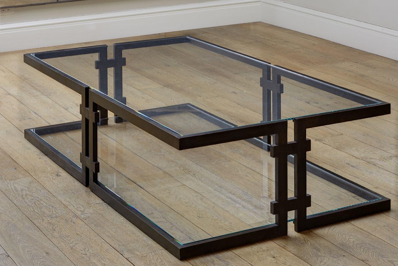Журнальный стол из металла