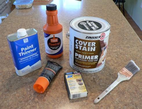 Заранее подготовленные инструменты и материалы для окраски