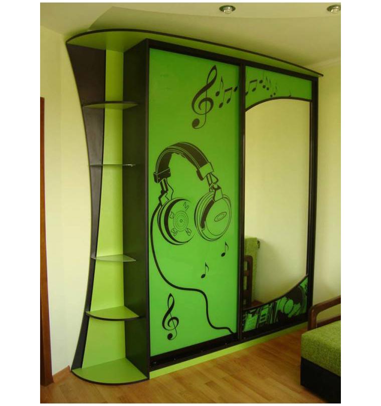 Зеленые шкафы купе