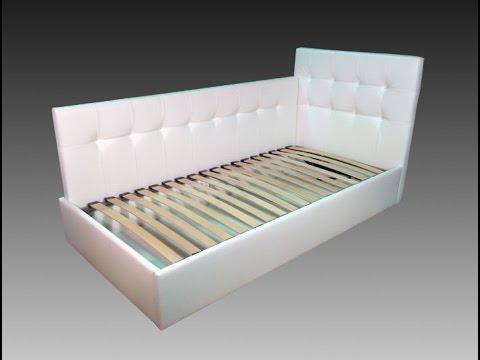 Белые стеганые изголовья кровати скадного типа