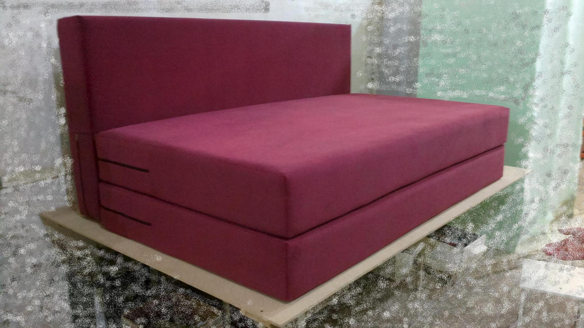 Бескаркасный диван на основе поролона