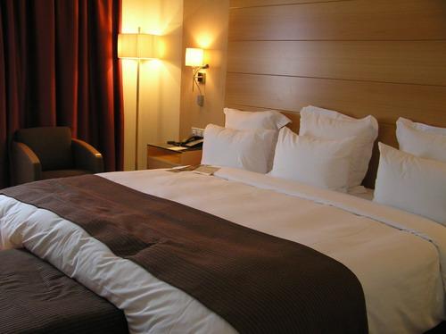Большая кровать по фэн-шуй