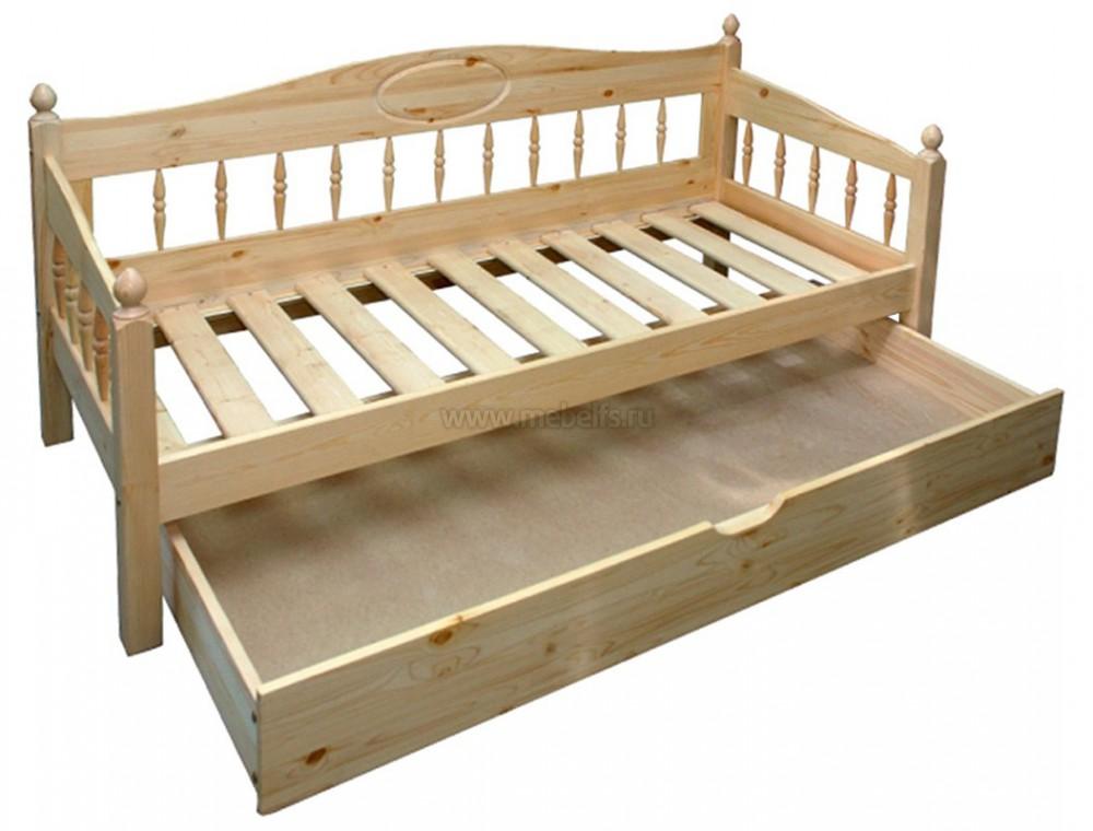 Большой ящик в кровати
