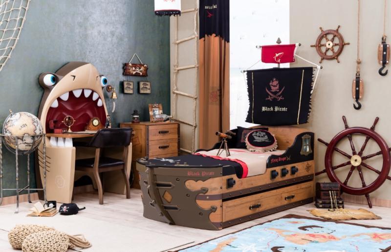 Детская кровать корабль - успокоит даже самого озорного ребенка