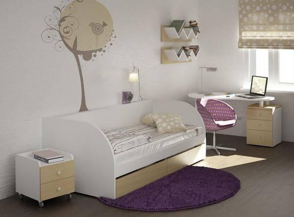 Детская маленькая кроватка