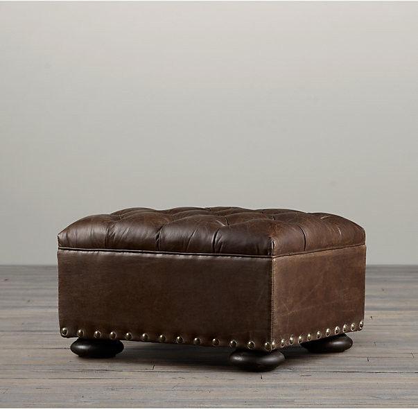 Домашняя тахта коричневого цвета