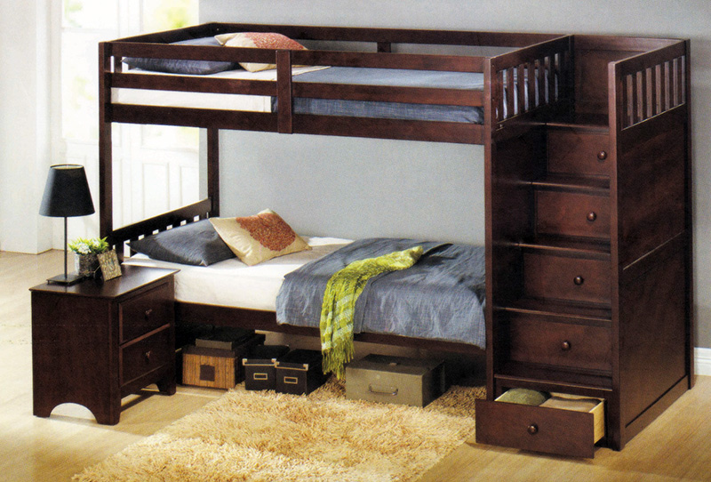 Двухъярусная кровать из натурального массива