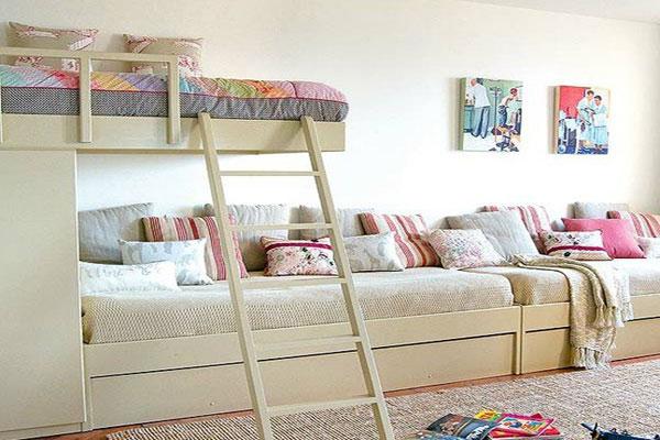 Двухъярусная кровать с лесенкой