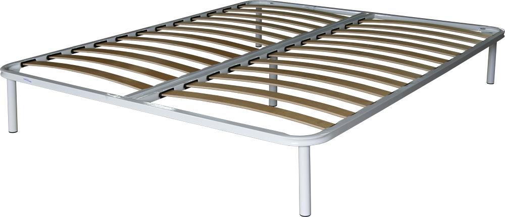 Двуспальная кровать с практичным основанием