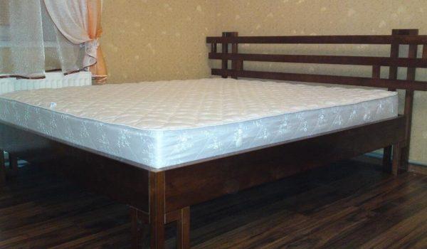 Элегантная и стильная кровать