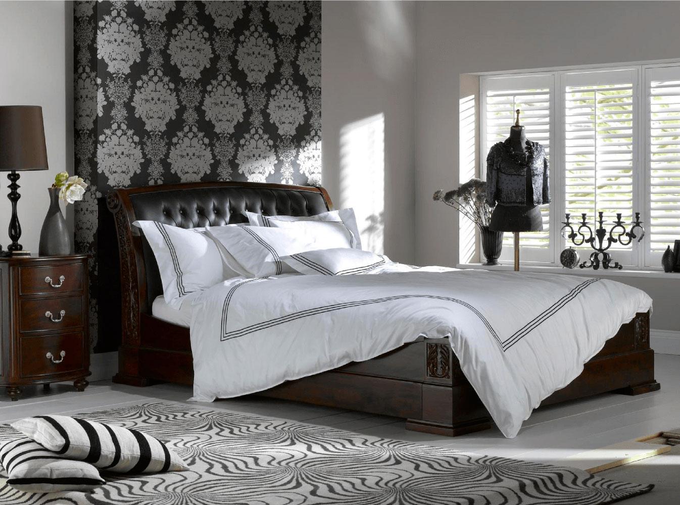 Элитные кровати из массива