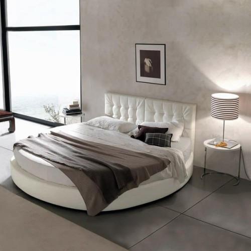 Если у вас есть желание сделать свою спальню и уютной, и красивой, тогда вам обязательно нужно обратить внимание на круглые кровати
