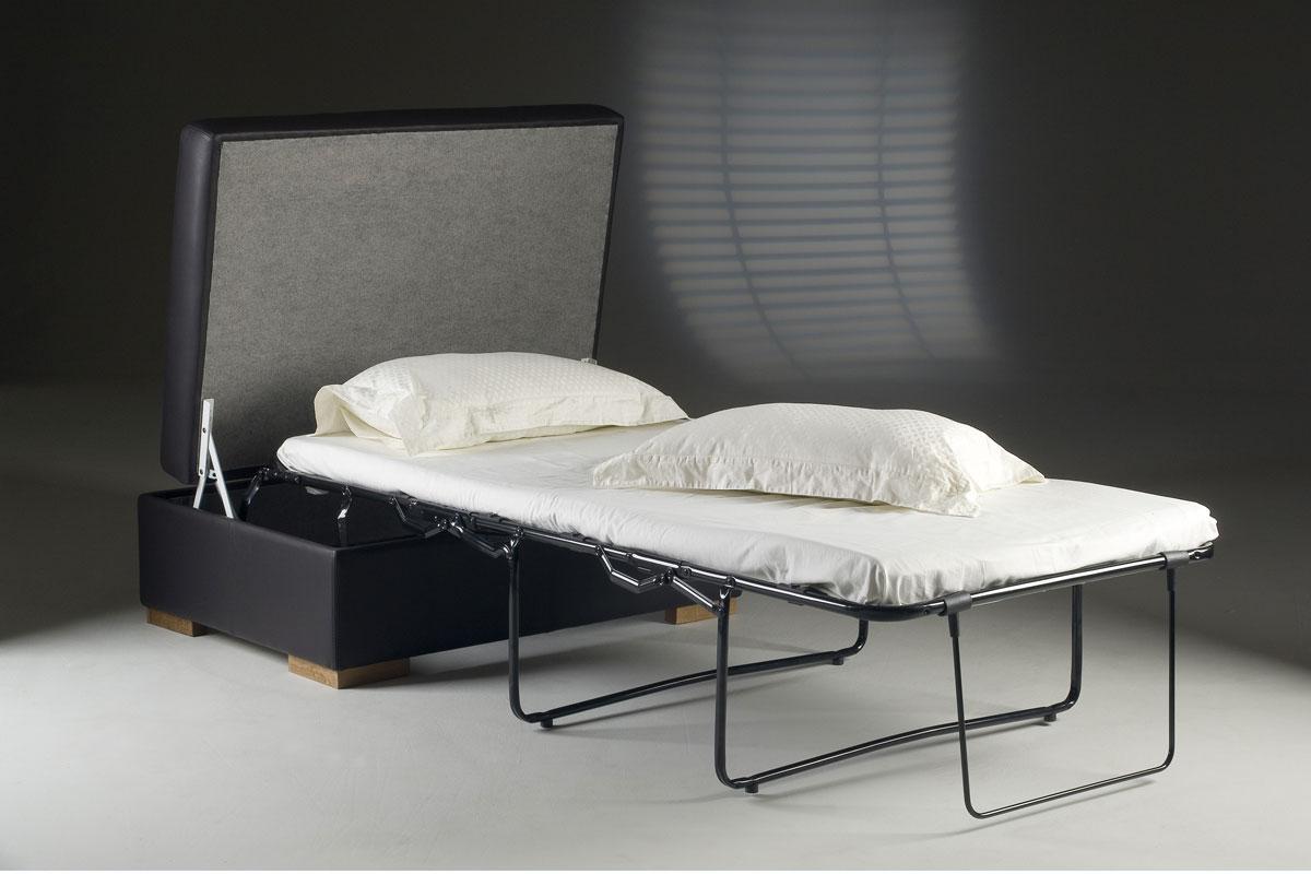 Где спрятать спальное место