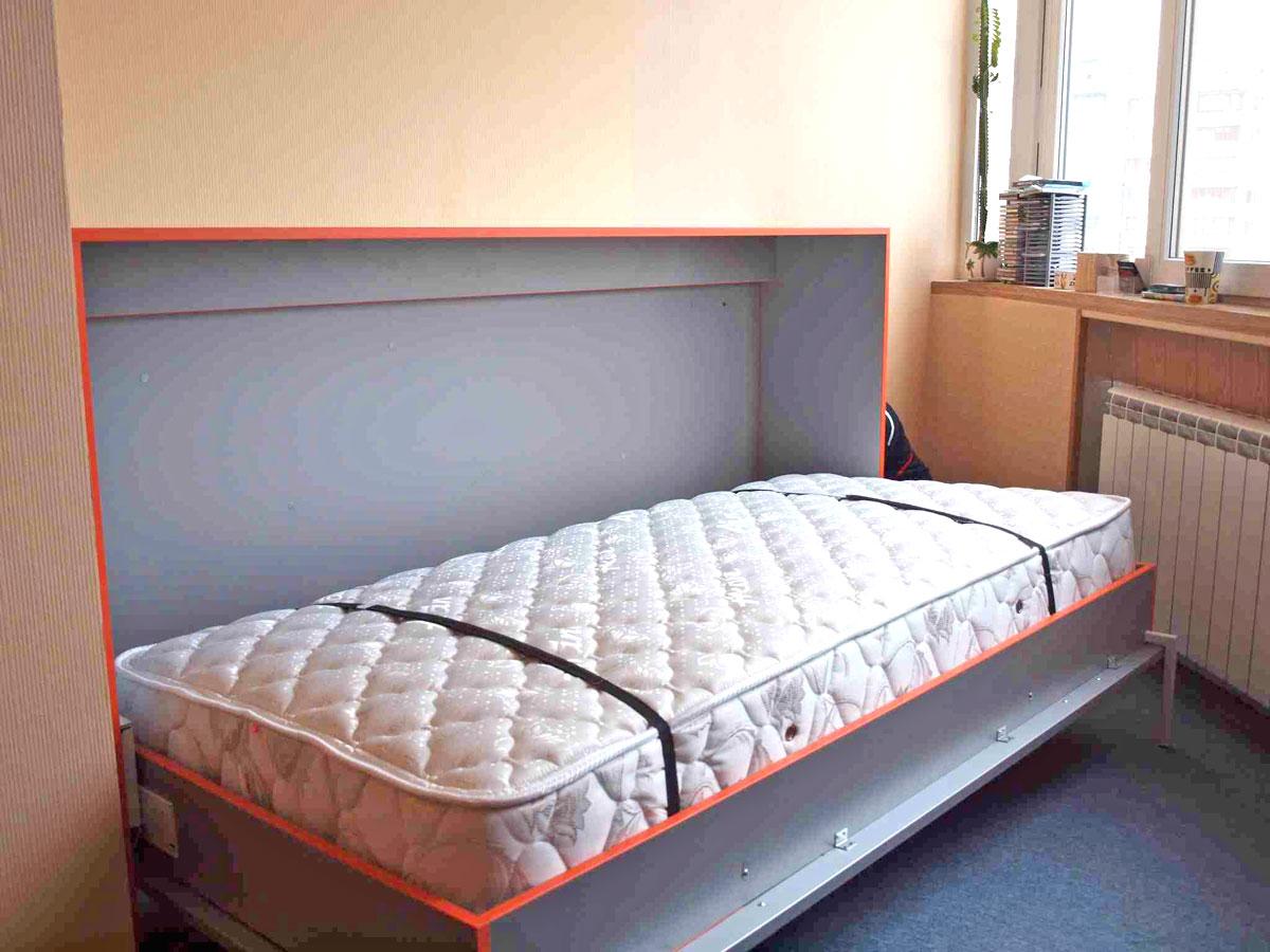 Горизонтальная кровать