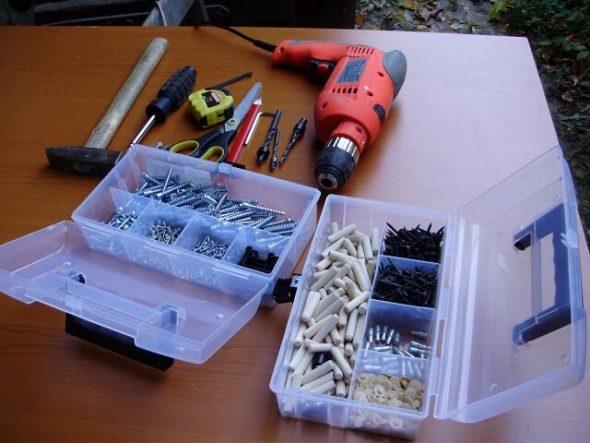 Инструменты для самостоятельной сборки кровати