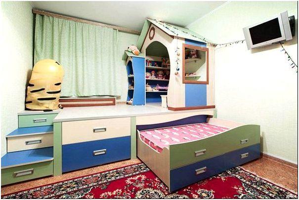 Интерьер детской со встроенной кроватью