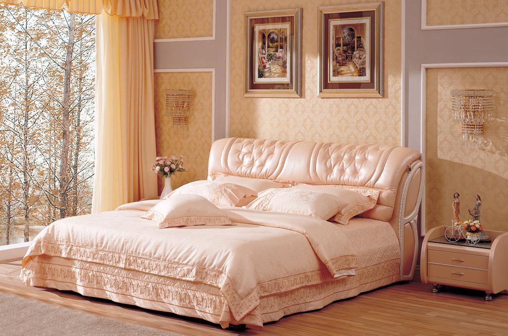 Итальянская кожаная кровать