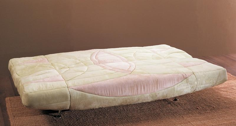 Как использовать диван с механизмом клик кляк
