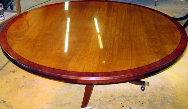 Как сделать стол с глянцевым покрытием