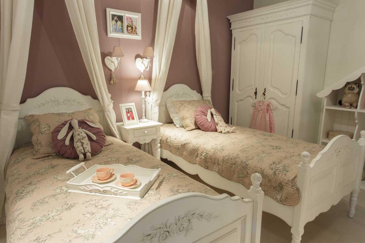 Как выбрать хорошую кровать в стиле прованс