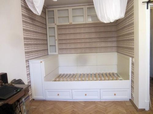 Как выбрать место для расположения кровати