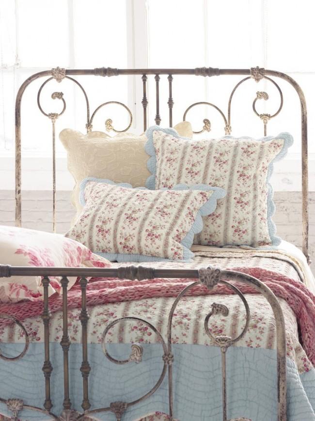 Кованые элементы кровати для спальни