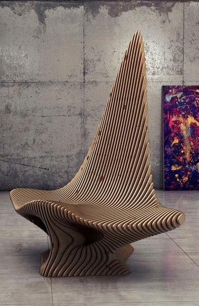 Кресло с оригинальным декором